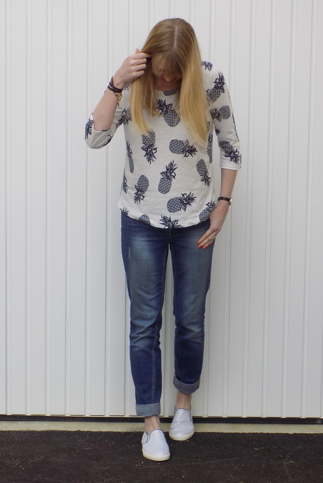 Pineapple top and boyfriend jeans