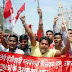 बिहार : पटना वि॰वि॰ गेट पर ए॰आई॰एस॰एफ॰ ने दिया धरना,