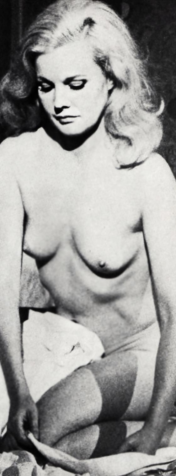 kendra wilkinson nude tits