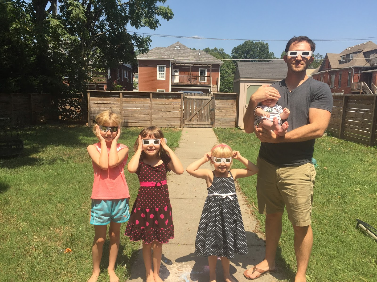 And Finally We Experienced A Beautiful Solar Eclipse Now That Was Delightful I Loved Experiencing At Home With My Family