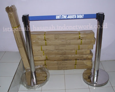 tiang antrian stainless