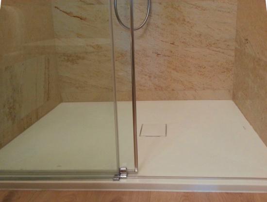 Homerefreshing: homerefreshing di un piccolissimo bagno, senza ...