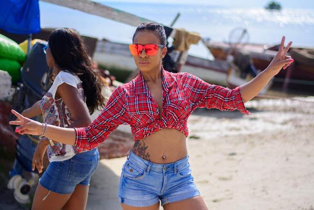 Triple-MG-Artiste,-Ellyman-and-TBoss-clings-up-in-Zanzibar