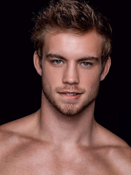 Dustin Mcneer Net Worth 2019