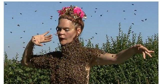 Honey Bee Nude 35