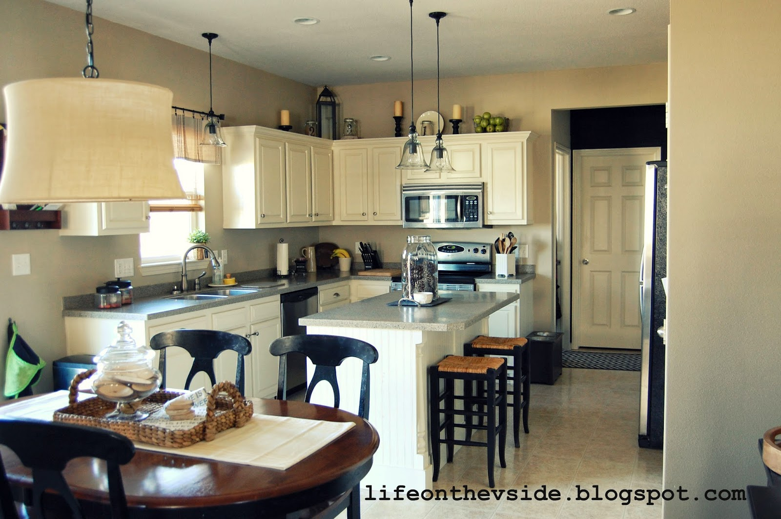 Kitchen Cabinets Pros Cons