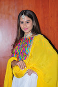 simrat junejna gorgeous photos-thumbnail-19