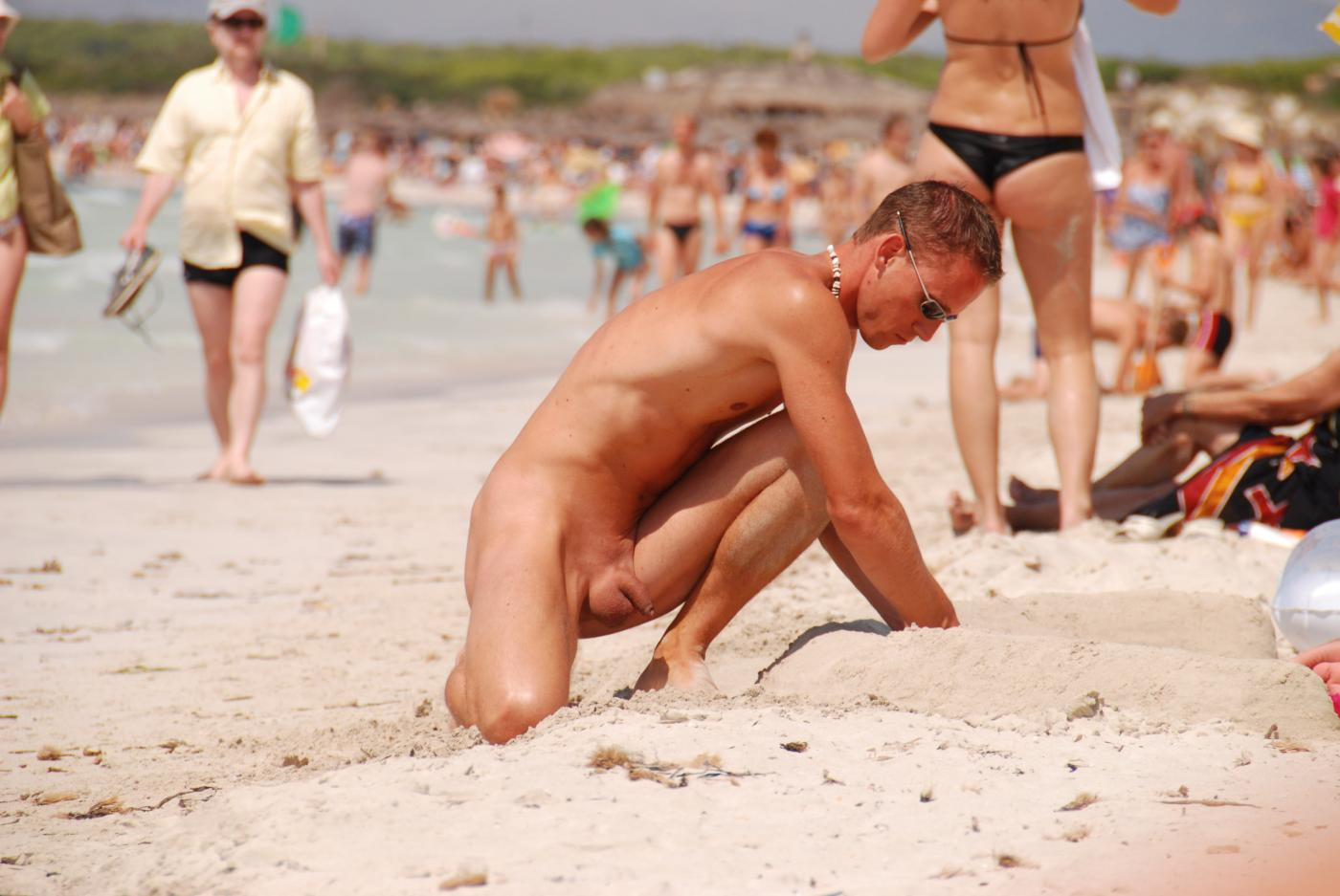 Hot Guys On Nude Beach