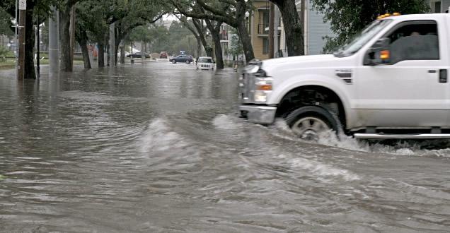 El Centro de Operaciones de Emergencia (COE) disminuyó a 7 las  provincias en alerta ante posibles inundaciones urbanas y rurales; desbordamientos de ríos, arroyos y cañadas y dezlizamientos de tierra ante las lluvias que se registran en el país.