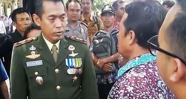 Dandim Rembang Letkol (inf) Darmawan Setiyadi dan Kepala Desa Jambangan, Muhammad Hilaludin