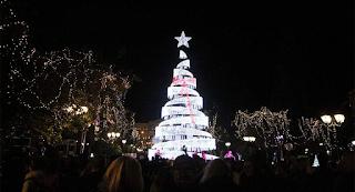 Ανάβει απόψε το χριστουγεννιάτικο δέντρο στο Σύνταγμα