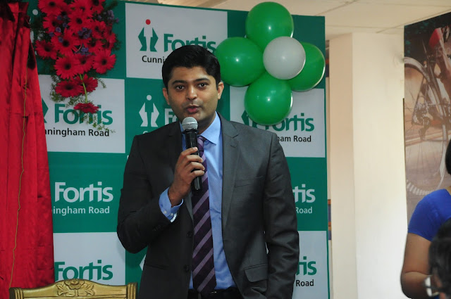 Dr. Chirag Thonse_Orthopaedic Surgeon_ Adressing the crowd