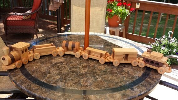 https://www.etsy.com/listing/191654463/train-set-wooden-6-car-handmade-toy?ref=favs_view_11