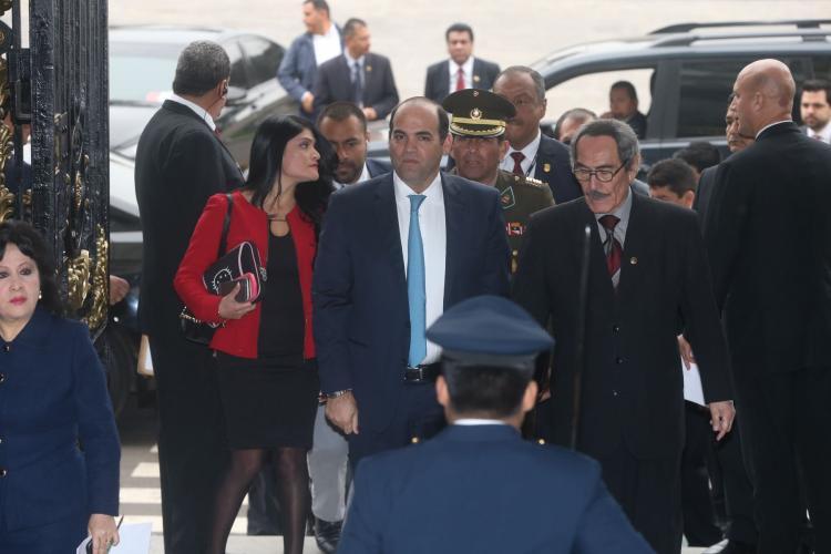 Gobierno acepta renuncia del ministro de Defensa Mariano González [VIDEO]