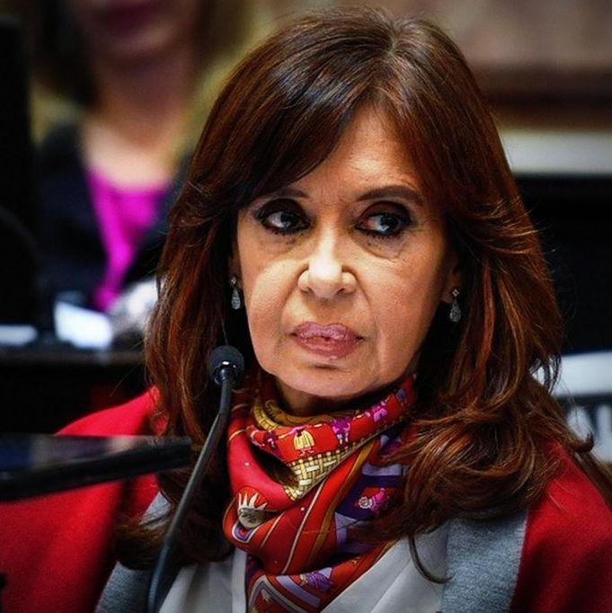"""Cristina Kirchner cree que la condena a Sala es una """"brutal persecución"""""""