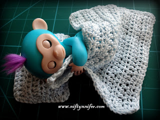 http://www.niftynnifer.com/2018/01/free-crochet-pattern-cheeky-little.html