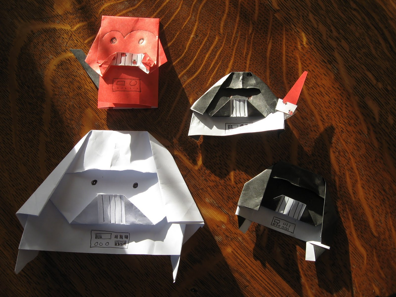 Darth Paper (origami Darth Vader) : 5 Steps - Instructables | 1200x1600