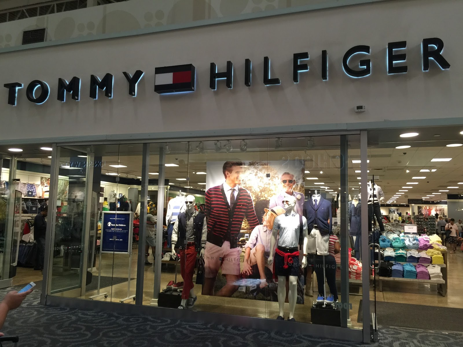 Tommy hilfiger outlet