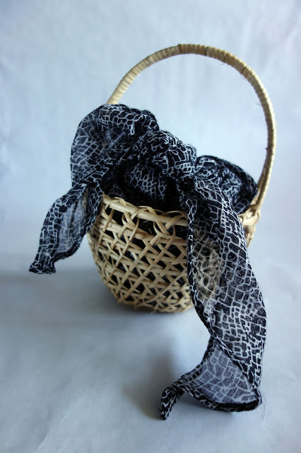 repurposing baskets, other uses for scarves and sashes