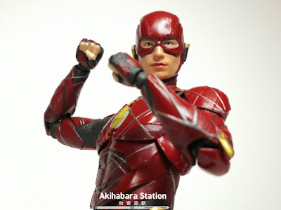 S.H.Figuarts The Flash de Justice League - Tamashii Nations