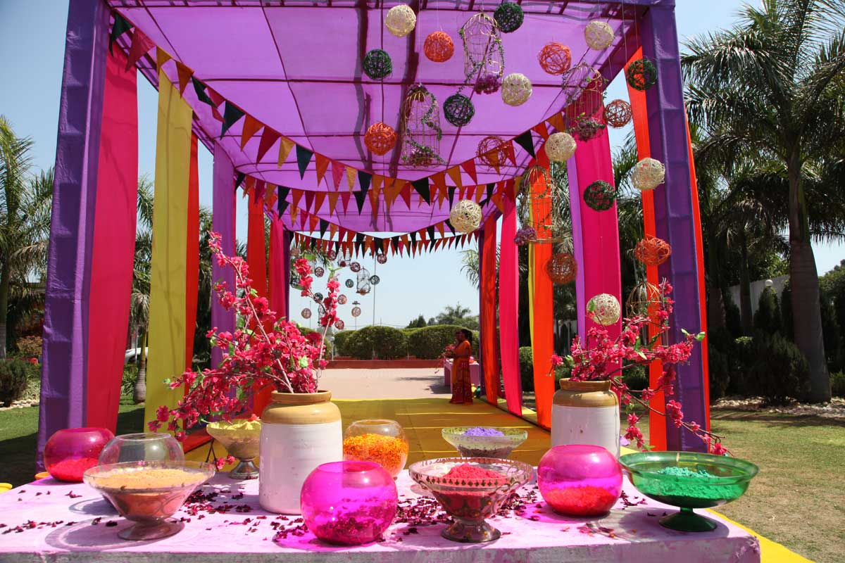 unique happy holi decoration ideas at home party and