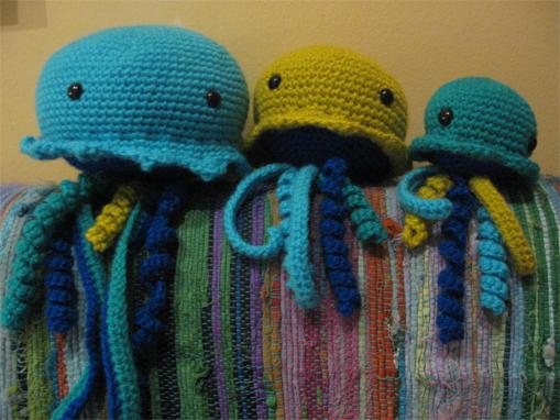 Teje la araña: Familia de medusas / Jellyfish family