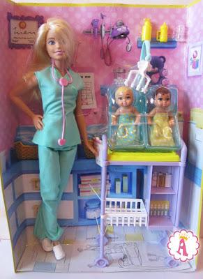 Набор кукла барби доктор и два ребенка Barbie Baby Doctor 2016