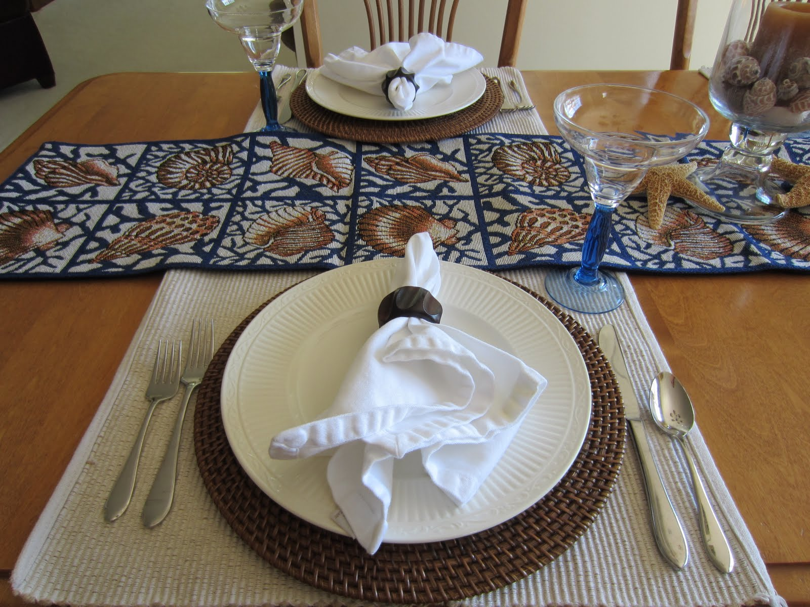 Casual Beach Table Setting & Casual Beach Table Setting | Calypso In The Country