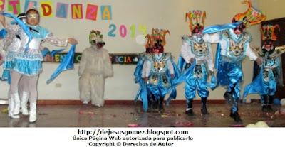 Foto de la danza Diablada de  Puno realizada por niños. Foto de danza de Jesus Gómez