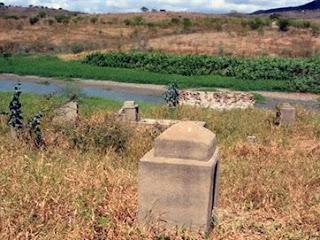 Povoados antigos ressurgem após barragem secar no interior da Paraíba