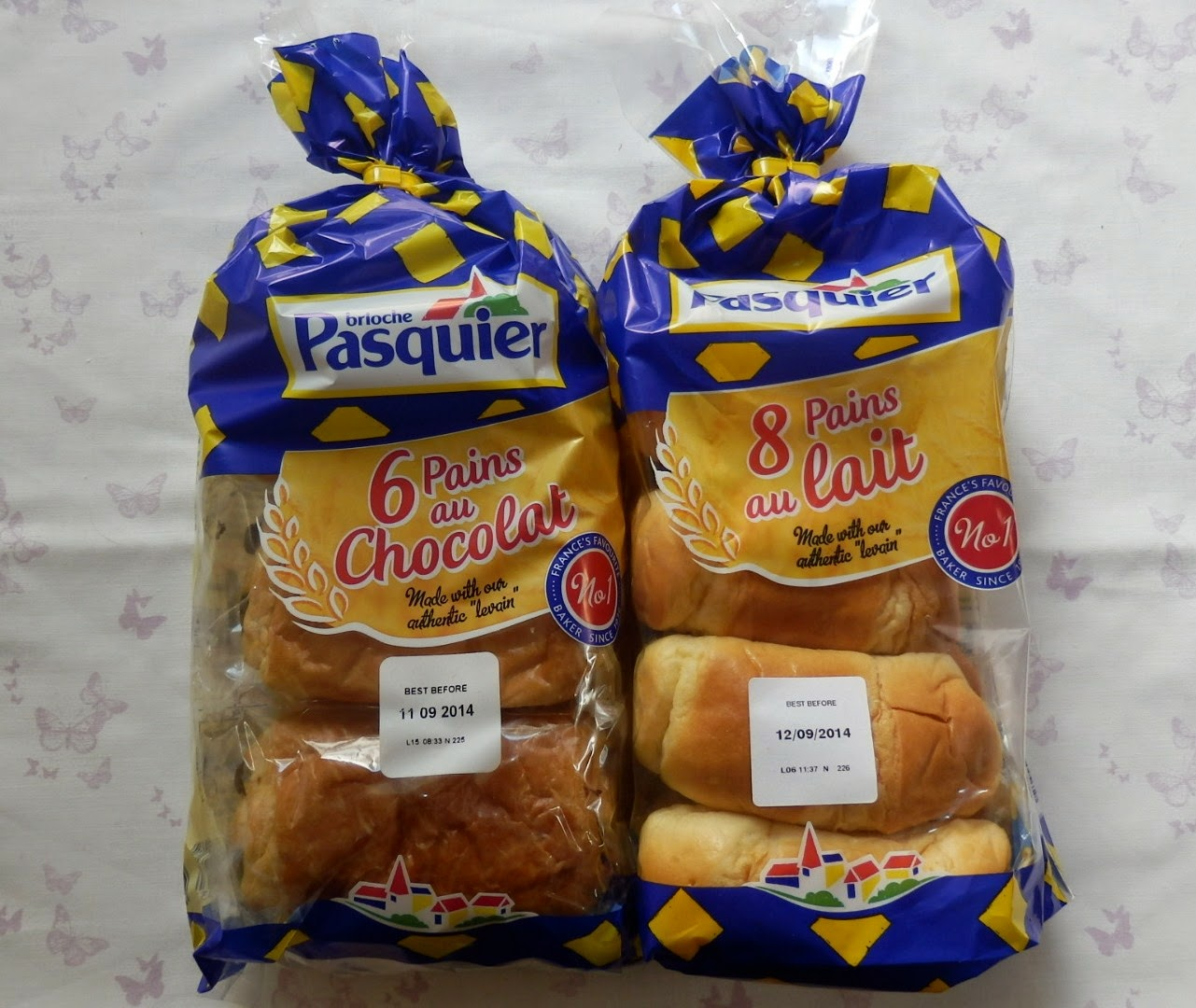 Degustabox Review - August 2014 Brioche Pasquier Pain au Lait (8pack) and Pain au Chocolat (6pack)