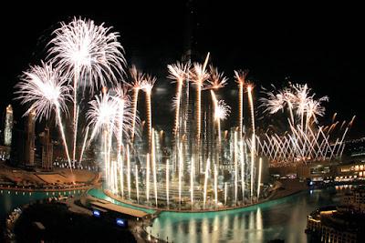 غرائب وعجائب العالم في الاحتفال رأس السنة
