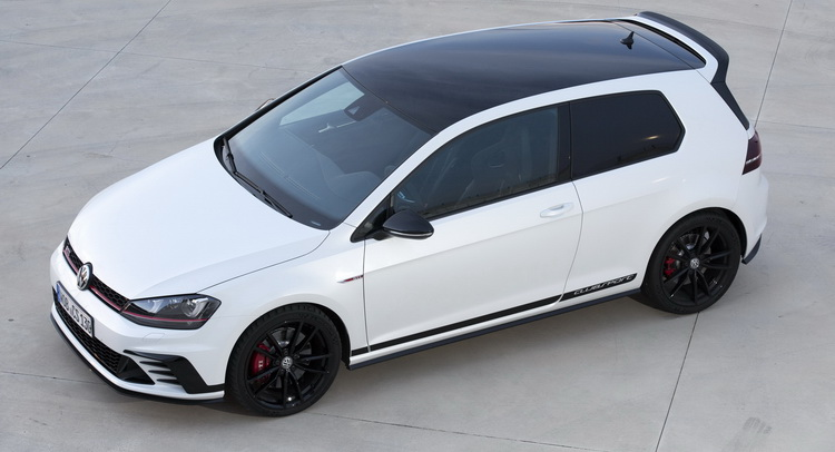 new vw golf gti clubsport arrives in the uk just in time for the 40th ann. Black Bedroom Furniture Sets. Home Design Ideas