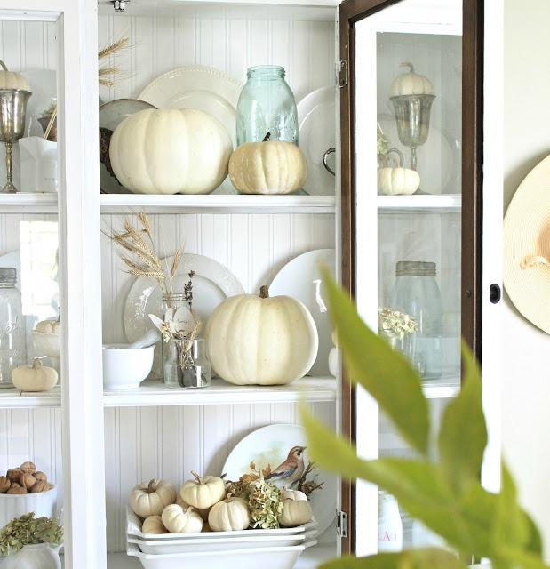 Home Decor Inspiration: The Essence Of Home: Neutral Fall Decor Inspiration