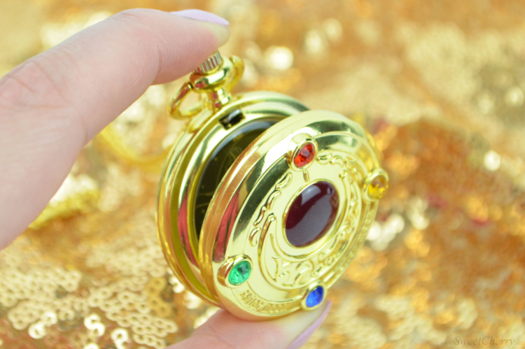 Sailor Moon Chrystal  Moon Prism Necklace Verwandlungsbrosche