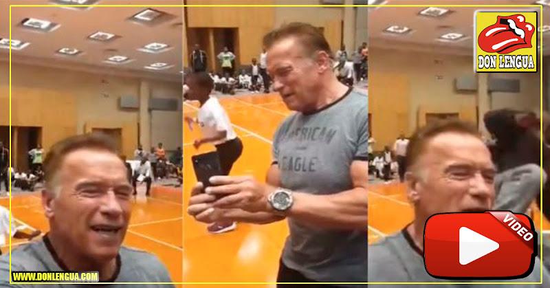 Arnold Schwarzenegger fue atacado con una patada voladora en África