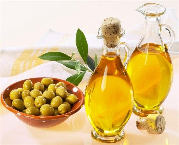 تعرف على فوائد صحية مُزهلة لزيت الزيتون