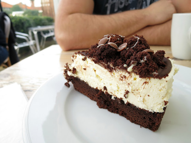 The Tenth Hole Tea Rooms Southsea Portsmouth Chocolate Brownie Cheesecake