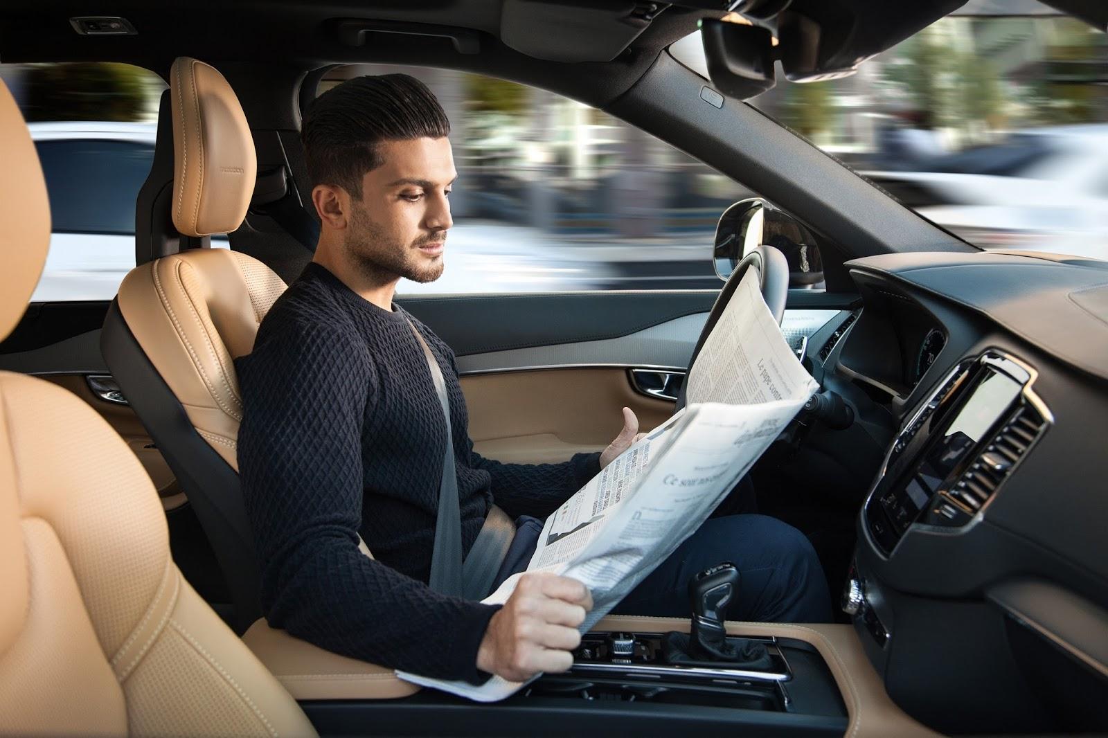 VOLVO AUTO%2BPILOT%2BINTELLISAFE 2 Το 2017 η Volvo θα βγάλει στο δρόμο 100 αυτόνομα αυτοκίνητα