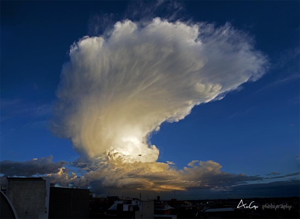 Cumulonimbus Capillatus over Torrejón