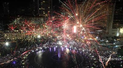 6 Kebiasaan di malam Tahun Baru, Kamu pasti gak nyadar No.6 menjadi kebiasaan