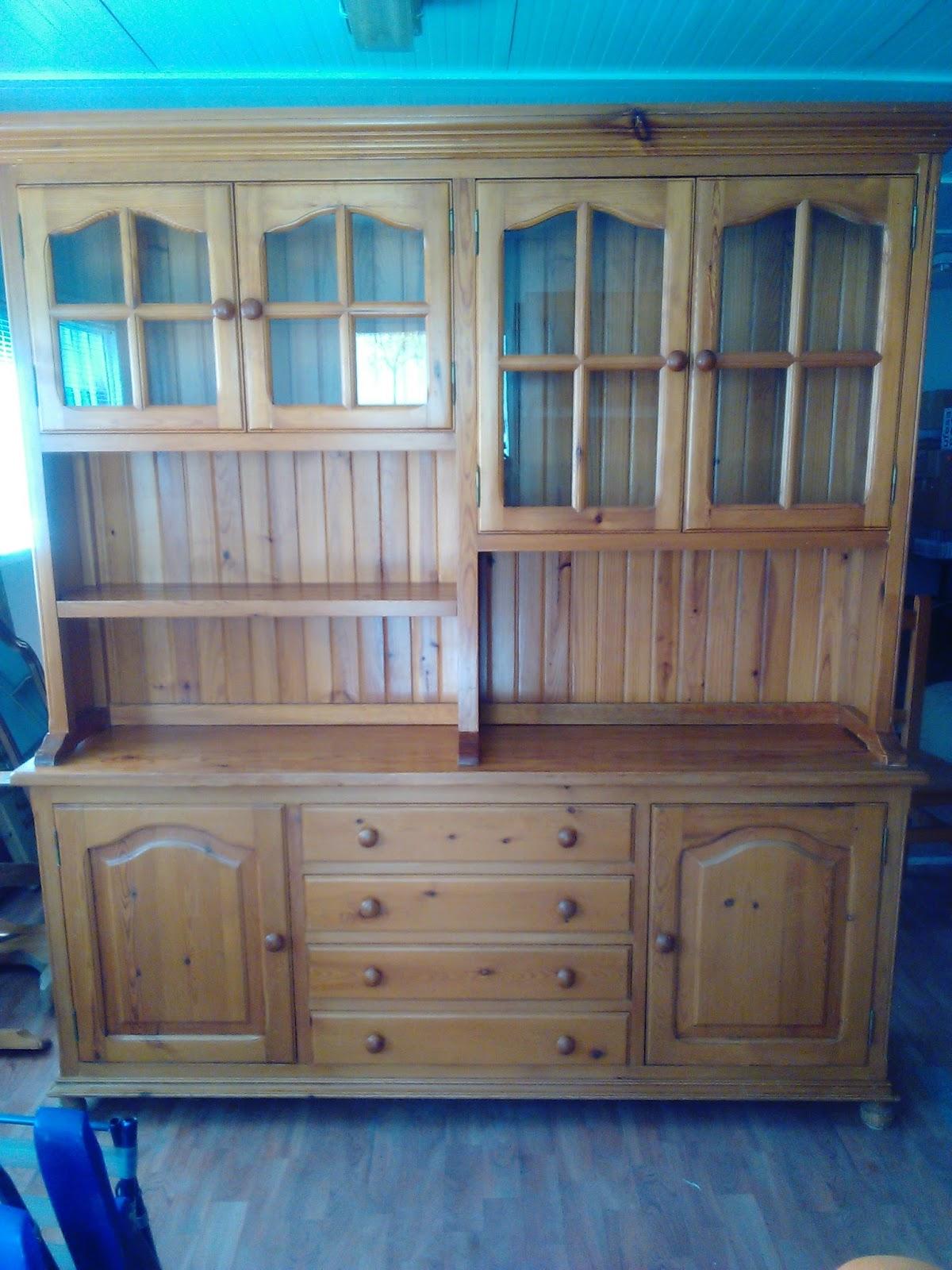 La villa garden ocasi n en muebles de pino for Muebles de ocasion