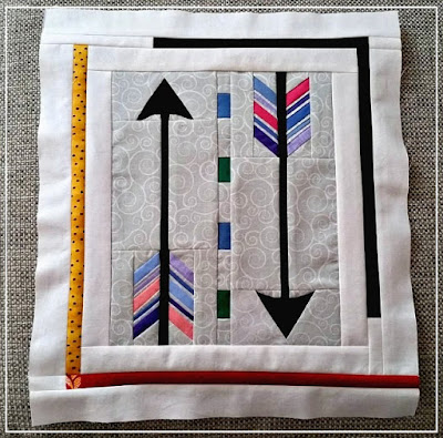 Puppilalla, Round Robin, Starter Block, The Rakish Needle, Patchwork, Quilting, Arrow Block