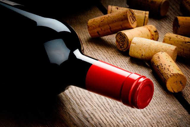 Reina Isabel II lanza a la venta su propia marca de vinos