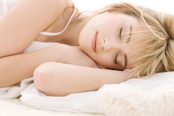 Tidur Nyenyak dengan Makanan yang Tepat