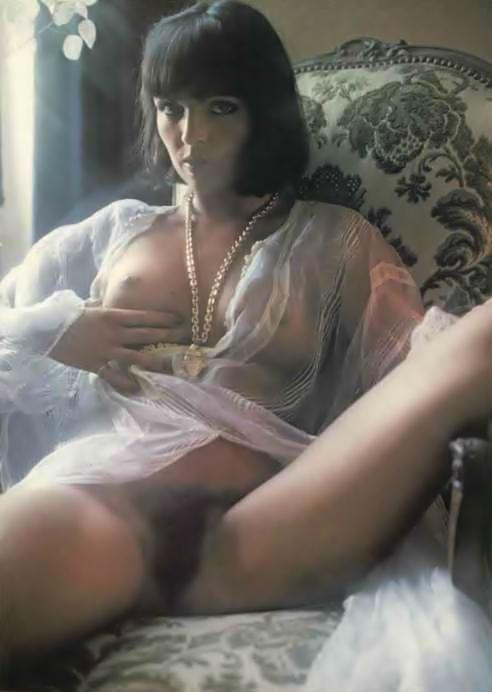 Catherine nackt Serre Catherine Bell