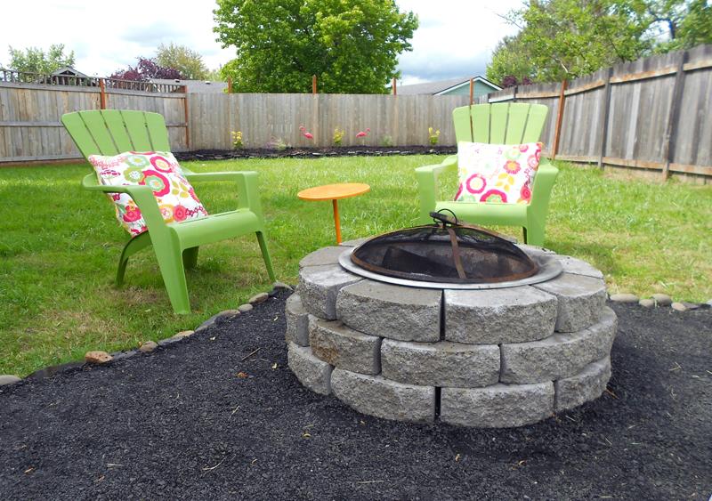 abby: backyard makeover - DIY crushed rock patio on Build Backyard Patio id=92441