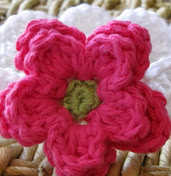http://translate.googleusercontent.com/translate_c?depth=1&hl=es&rurl=translate.google.es&sl=en&tl=es&u=http://www.daisycottagedesigns.net/2011/04/double-layer-crocheted-flower-tutorial.html&usg=ALkJrhiXCc7jIT2Pi2yVFyu3R3FHneDC-A