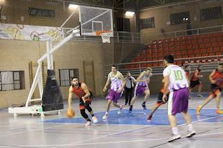 El Baeza sigue la estela del invito Sierra de Andújar en la Liga Provincial Masculina