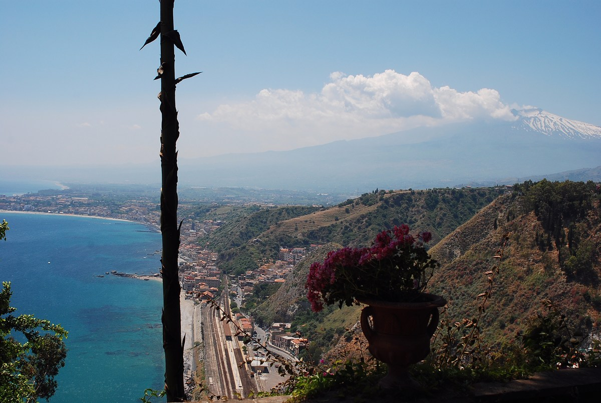 panorama sur l'Etna depuis Taormine
